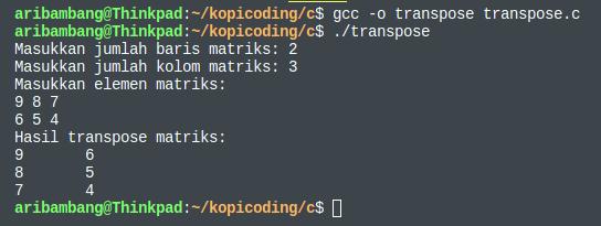 Gambar hasil program transpose matriks di bahasa C